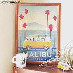 ワーゲンバスのポスターMALIBUが入荷しましたオレンジのワーゲンバスが海沿いを走るカリフォルニアらしいヴィンテージ風のポスターですA3サイズなのでダイソーの300円額縁が使えますよこのポスターはかなりカッコいい南国/ハワイ/マリン/サーフ/カリフォルニアテイストのインテリアに合わせるとピッタリです  #vw #volkswagen #vwtype2 #aircooledvw #vwsamba #kombi #surf #beach #CALIFORNIA #RonHerman #RHC #WTW #ロンハーマン #カリフォルニア #ダブルティー #インテリア #海を感じるインテリア #ワーゲンバス #ポスター #鳩ヶ谷ベース  http://ift.tt/2diSJeM