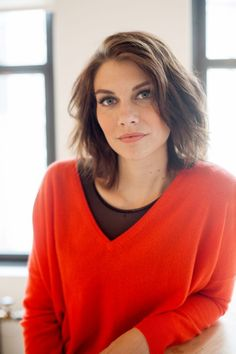 Long bob, no bands - Lauren Cohan At Refinery