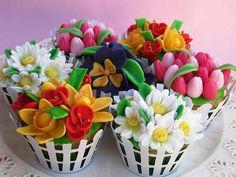 Beautiful Flower Basket Cupcakes..