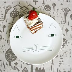 Assiette Mog Donna Wilson, from smallable.com