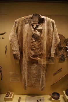Hermitage.  Moshchevaya Balka.  Linen shirt with silk embellishment.  North Caucasus. Adygo-Alanic culture. 8th-9th century.