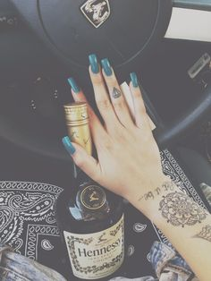 Personally i like shorter nails but that's a beautiful color !