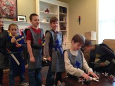 Boys knight birthday party activities: make your own catapult out of popsicle sticks and catapult marshmallows or pom poms Medieval Party, Knight Party, Party Activities, Old Boys, Birthday Parties, 5th Birthday, Party Themes, Party Ideas, Year Old