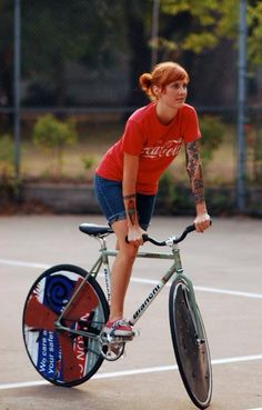 Bike girl | Shared from http://hikebike.net