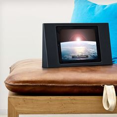 Bang & Olufsen BeoPlay A3 iPad Sound System