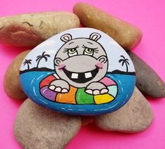 nanaswall - 0 results for rock painting ideas Stone Crafts, Rock Crafts, Crafts To Make, Pebble Painting, Pebble Art, Stone Painting, Rock Painting Patterns, Rock Painting Designs, Scarecrow Painting