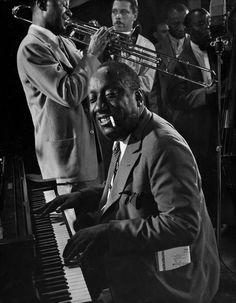 James P. Johnson playing in a jazz jam, New York City     1943   •  Gjon Mili
