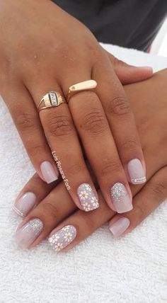 Glam Nails, Beauty Nails, Cute Nails, Pretty Nails, Shellac Nails, Acrylic Nails, Short Nails Art, Flower Nails, Gorgeous Nails