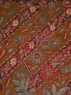 Vintage Indonesian batik. Handrawn, named Kopi Tutung. Made in early 1900. One of my favorite batik ❤