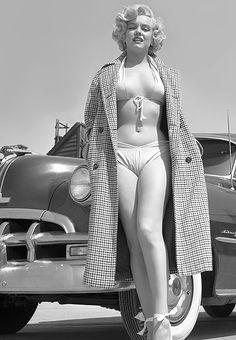 Marilyn Monroe by Earl Theisen, 1951.