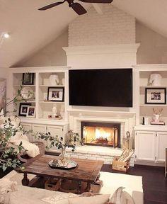 Cozy Farmhouse Style Living Room Decoration Ideas 38 Love the built ins