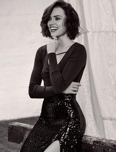 Daisy Ridley for Harpers Bazaar Malaysia photography by Lara Jade 2020 Daisy Ridley, Reylo, Beautiful Female Celebrities, Beautiful Women, Beautiful People, Celebrity Faces, Celebrity Women, Star Wars, Instagram Models