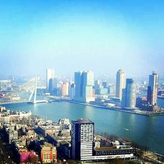 Rotterdam - Kop van Zuid/ Hotel New York vanaf Euromast