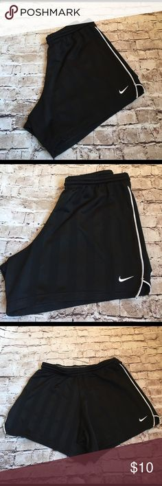 NIKE - Athletic Shorts NIKE - Athletic Shorts ... Black and White ... White making up the trim and signature swoosh logo! Excellent condition! Size Small Nike Shorts