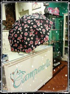 Para la lluvia, paraguas de colores
