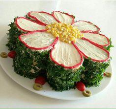 Wow... Vegetable Decoration, Salty Cake, Appetizer Sandwiches, Iranian Food, Savoury Cake, Sandwich Cake, Savory Salads, Dessert Decoration, Weird Food