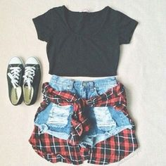A cute outfit for when your going to a carnival or the BIG E!