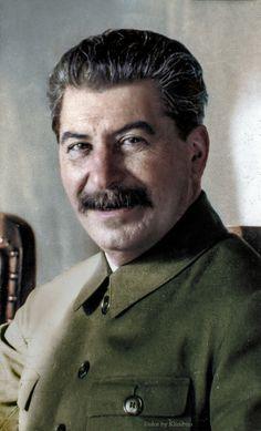 Historical figures of the world – Color by Klimbim Joseph Stalin, Landing Craft, Communism, Socialism, World Leaders, Soviet Union, World History, Military History, Historical Photos