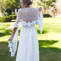 Crochet Pattern - Bridal Shawl Cape Capelet Ponchette - Spring Summer Beach Cover Up - Wedding Accessory Crochet shawl pattern Wedding shawl Crochet Shawls And Wraps, Crochet Poncho, Crochet Scarves, Free Crochet, Crochet Crowd, Crochet Mask, Thread Crochet, Crochet Clothes, Shawl Patterns