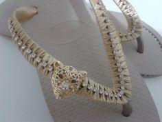 chinelo decorado com strass
