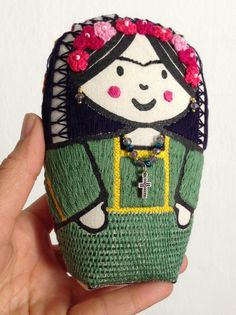 Frida, - screenprinted and handembroidered Frida Kahlo matryoska cloth doll Frida Kahlo Artwork, Small Plastic Bags, Sand Bag, Kinds Of Fabric, Mexican Artists, Dmc Floss, Russian Fashion, Woven Fabric, Screen Printing