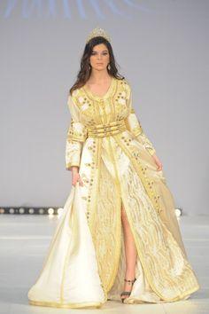 takshita Morocco Traditional dress Zauberhaft, Marokkanische Hochzeit,  Kaftan Kleid, Marokkanischer Kaftan, Marokkanische b9eec91074