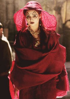 Amy before she was Amy in the fires of Pompeii