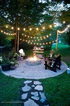 Backyard fire pit ideas diy patio Ideas for 2019 Backyard Seating, Backyard Patio Designs, Fire Pit Backyard, Backyard Ideas On A Budget, Diy Patio, Diy Fire Pit, Fire Pit Decor, Lights In Backyard, Backyard Lighting