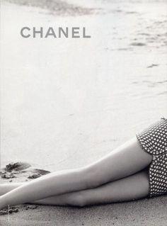 chanel #chanel #black #white #vintage #chic #legs