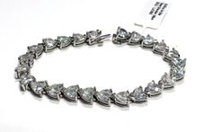 Certified 26.85 Ct 18k White Gold Heart Shape Diamond Bracelet D-E VVS2-VS1