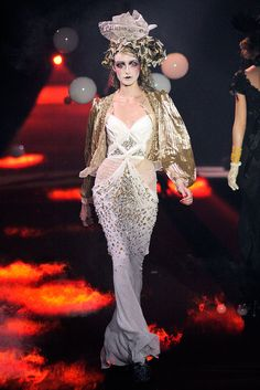Gorgeous White and Gold gown by John Galliano from his Spring 2010 RTW collection