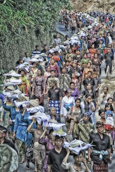 Ngaben - cremation ceremony - in Bali. Photo by Made Batuan. Pinned from his site on 500px.com - http://500px.com/MadeBatuan