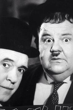 For your Classic Hollywood enjoyment, how about Laurel and Hardy to put a smile on your face. Photo from the L. Laurel And Hardy, Stan Laurel Oliver Hardy, Great Comedies, Classic Comedies, Classic Movies, Comedy Duos, Abbott And Costello, Iconic Photos, Famous Couples