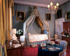 "Queen Victoria's bedroom via the blog ""Lovely Reveries"""
