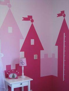 Super leuke muurdecoratie voor een echte prinsessenkamer My Little Girl, Kidsroom, Kids And Parenting, Girls Bedroom, Childhood, Grandkids, Children, Projects, Twins