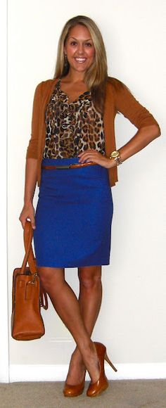 Ahh...brown, leopard and cobalt. This girl has such a cute sense of style. She's trendy but classy.