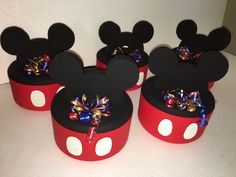 Mickey Mouse ice cooler holder hieleras