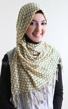 'Honey Scarf' from Ina's Scarf. Sweet... www.hijup.com