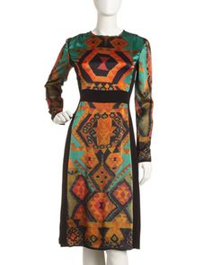 gonna use these colors for my web site  --wonder if this dress looks as good on as it does in the pic, pricey--$841 and sold out!