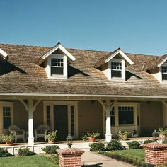 ranch style front porch collliums   Ranch front porch - column ideas.   For the Home