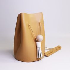Perfect gift for sister. Leather Bags – Genuine Leather Handmade Shoulder Bucket Bag – a unique product by FlorenceConstance via en.DaWanda.com