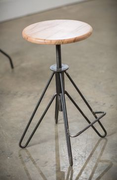 Vintage and Industrial Furniture and Lighting For the Home, Restaurants, Hotels and Bars Welded Furniture, Steampunk Furniture, Iron Furniture, Steel Furniture, Industrial Furniture, Table Furniture, Furniture Design, Furniture Movers, Industrial Bar Stools