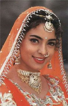 Beautiful Bollywood Actress, Most Beautiful Indian Actress, Beautiful Actresses, Bollywood Pictures, Bollywood Outfits, Bridal Makeover, Lovely Girl Image, Vintage Bollywood, Indian Wedding Outfits