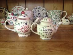 Emma Bridgewater Drink More Tea Four Cup Teapot and Drink More Tea Two Cup Teapot for Past Times