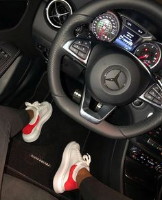 As much you are disinfecting your homes. Remember, to disinfect your car steering wheel and door handles too. Mercedes Benz Amg, Mercedes Girl, Benz Car, Audi R8, Bmw E63, Tumblr Car, Audi Interior, Shotting Photo, Girls Driving