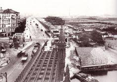 1901 war die Station noch im Bau, dieses Foto entstand von einem der Türme auf…