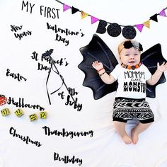 USA Baby Boy Girl Milestone Blanket™ / My First USA Holiday / swaddle / anniversary blanket /age blanket / growth blanket /baby shower gift Babys First Thanksgiving, Milestone Pictures, Usa Holidays, Baby Milestone Blanket, Muslin Swaddle Blanket, Baby Hacks, Baby Tips, Baby Ideas, Baby Milestones