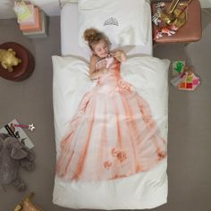 Creative little girl bed sheets would look great in the bedroom of your little princess. The princess dress photo is printed on the duvet covers Duvet Sets, Duvet Cover Sets, Cover Pillow, Quilt Cover, Pillow Set, Little Girl Rooms, Little Girls, Kids Girls, Disney Princess Bedroom
