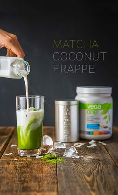 Step into antioxidant bliss with this decadent Matcha Coconut Frappe that will have you beating the heat in the best possible way. (coconut milk in coffee ice cubes) Juice Smoothie, Smoothie Drinks, Healthy Smoothies, Healthy Drinks, Smoothie Recipes, Healthy Snacks, Healthy Recipes, Vega Protein Recipes, Recipe Center