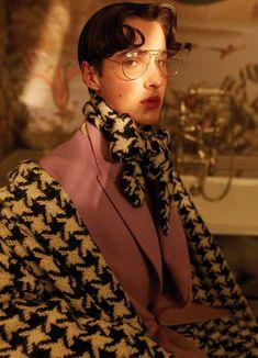 boys in tartan on Behance Punk Rock Fashion, Queer Fashion, Hip Hop Fashion, Tomboy Fashion, Urban Fashion, Tomboy Style, Androgynous Girls, Androgynous Fashion, Tomboy Outfits